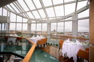 Hotel Ambassador mit Panoramablick über St. Petersburg