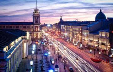 Reise nach Sankt Petersburg