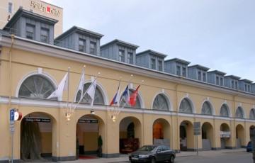 Fassade - Hotel Palace Bridge, St. Petersburg