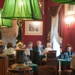 Literaturcafe_Innenraum mit Gaesten