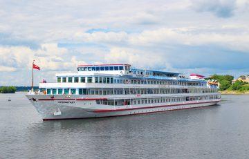 Schiff - MS Kronstadt, Flusskreuzfahrt
